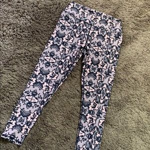 New Fabletics Rise to the occasion leggings M